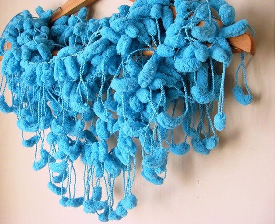 Turquoise Cute Pom Pom Ekstra Long Mulberry Scarf