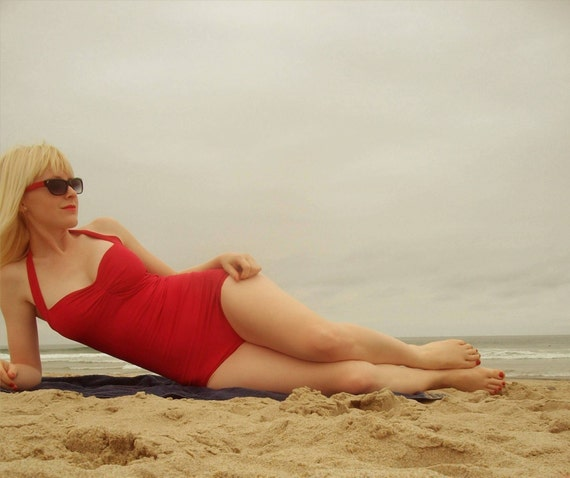 Winter Sale ..... Red Retro Halter Swimsuit maillot pin-up