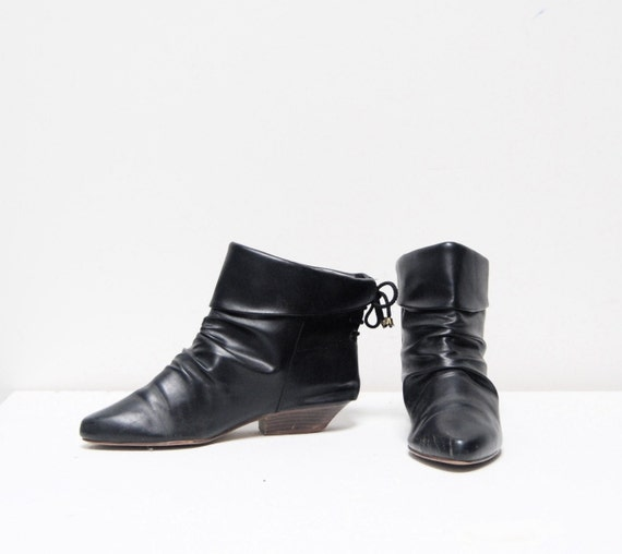 vintage 80s SLOUCHY black leather pull on ankle booties with LACE UP back ladies 7
