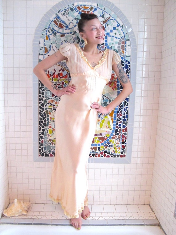 LIQUID SILK - Sheer Bust 30s 40s Vintage Silk Bias Nightgown S M