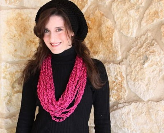 Valentine Chain Cowl - Ready to Ship