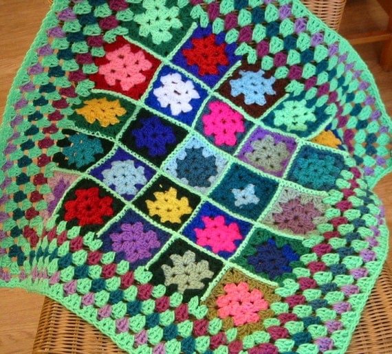 eBay - GRANNY SQUARES CROCHET PATTERNS SHAWLS RUGS TOPS BAGS