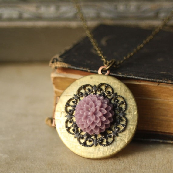 Vintage Locket. Lilac Purple Flower and Black Lace Filigree Locket Necklace