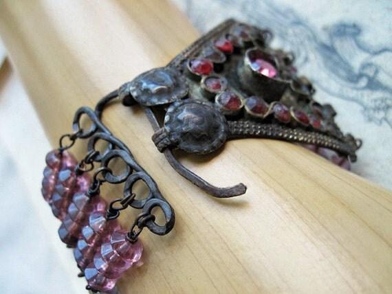 Almacantar. Antique Kuchi Bracelet.