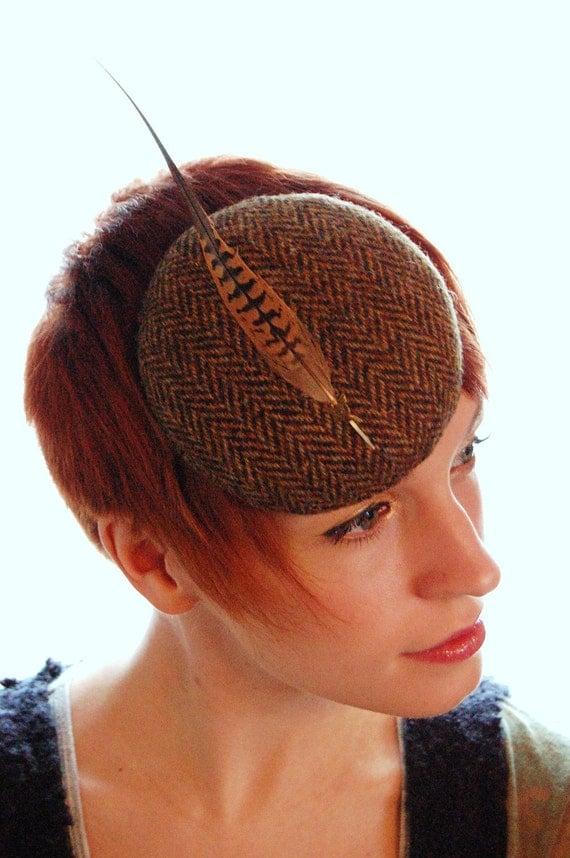 A walk in Autumn brown tweed hat