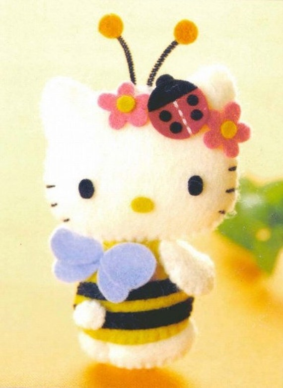 Free Shipping 40 Kitty Toys ( Felt Mascot ) pattern 4 (PDF)
