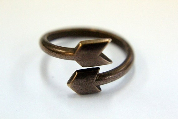 Cupid's Arrow Adjustable Ring