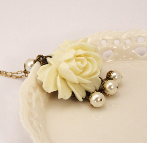 Chantal Ivory Rose and Pearl Necklace