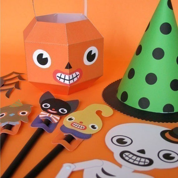 Halloween Party Favor Toys Printable Paper Craft PDF