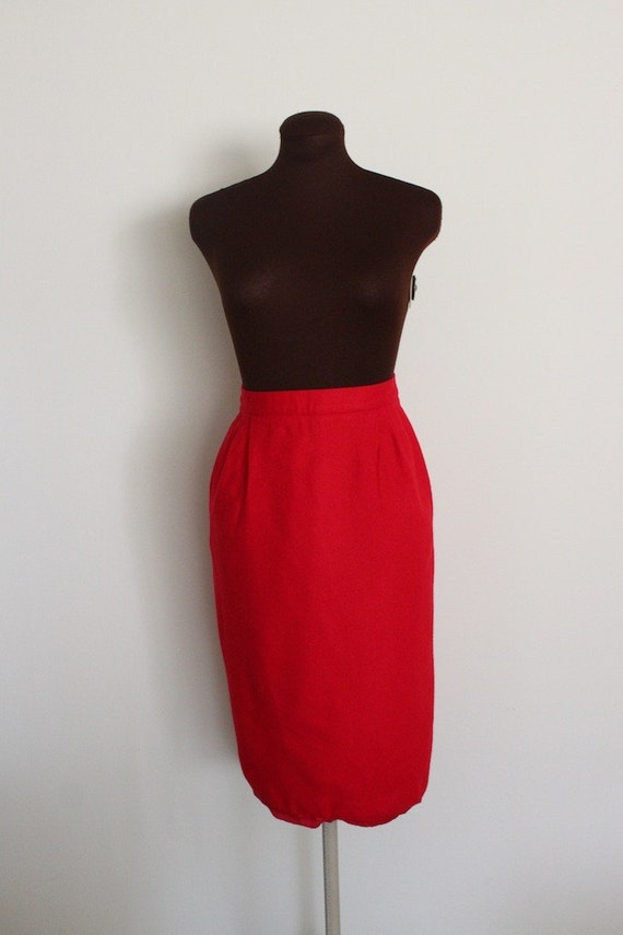 SALE Vintage Lipstick Red Wool Pencil Skirt (m)