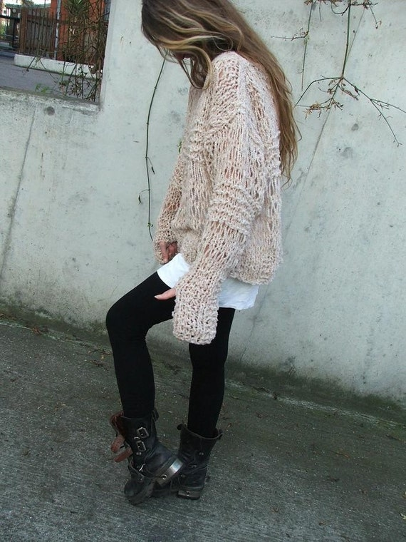 Pinkish cream oversized grunge sweater