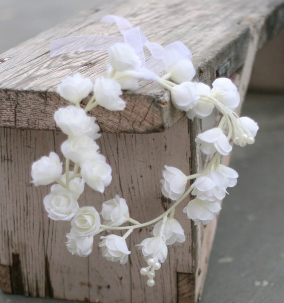 Elegant Pure White Simple Crown Of Roses and Pearls Rustic Woodland Shabby Chic Vintage Style Wedding Hair Piece
