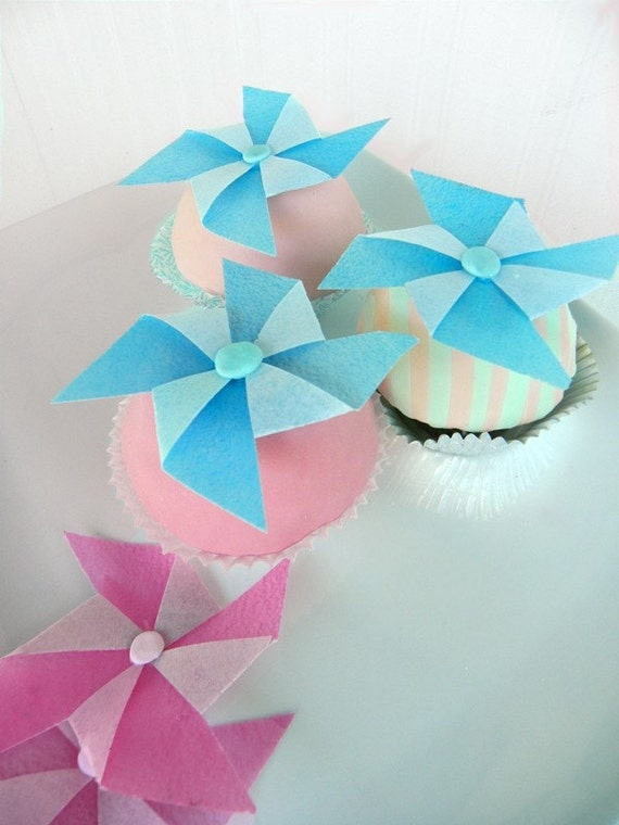 12 Edible Wafer and Fondant Pinwheels