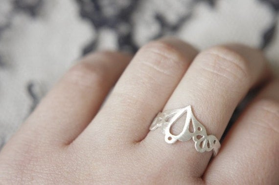 Lingerie Ring 002 - Sterling Silver - Hand Sawn
