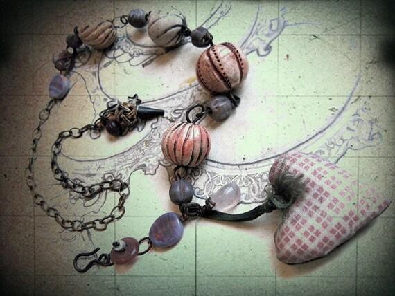 The Blush. Valentine Necklace.