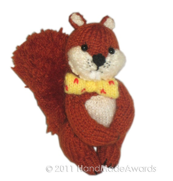 The Little Squirrel PDF Email Knit Pattern