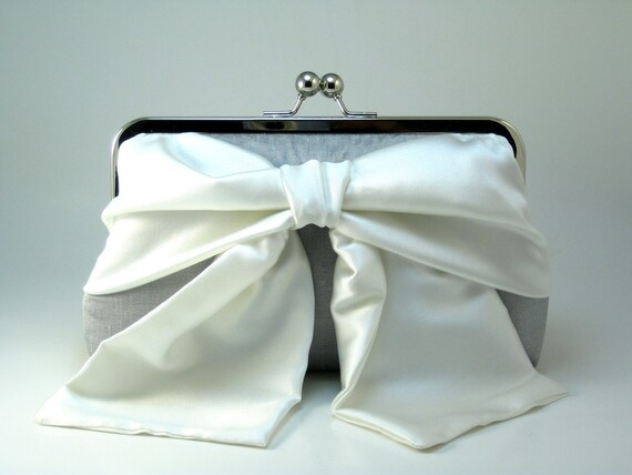Moonlit Bow Clutch - White on Silver