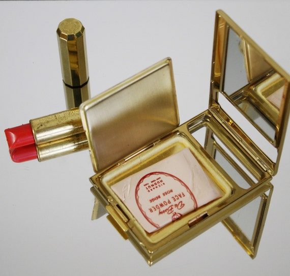 Vintage Richard Hudnut Compact & Lipstick set by tootsystreasures