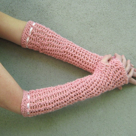 long fingerless gloves/dusty rose pink
