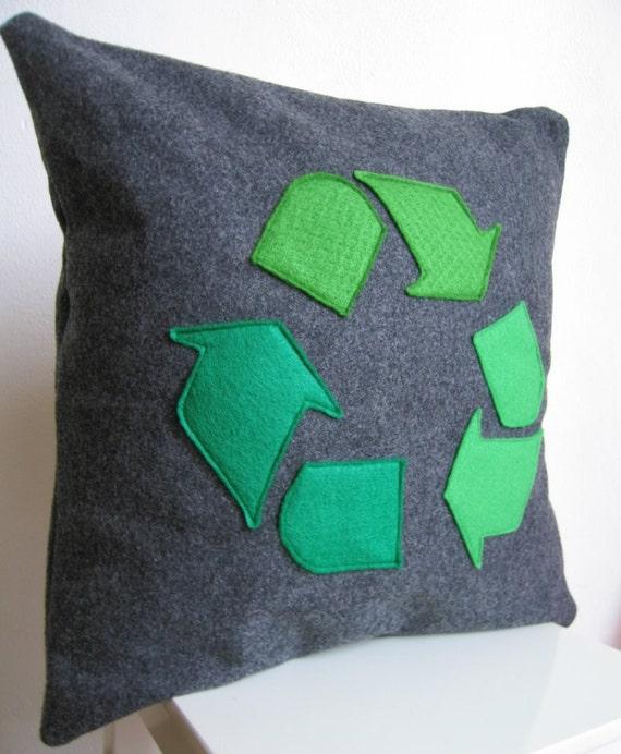 Ручной работы Подушка / Чехлы на экологию Восстановленный Войлок: Зеленый символ корзины на темно-серый