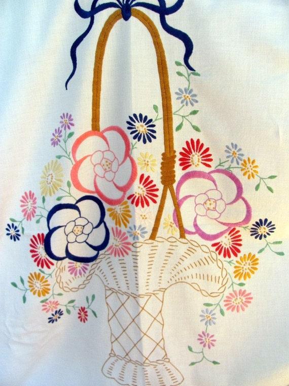 """Vintage Embroidered Full Size Flat Sheet """"Flower Basket"""""""