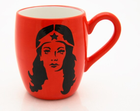 Mug with Wonder Woman in Bright Red