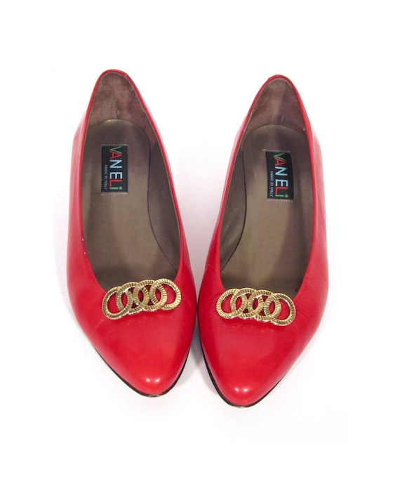 Vintage CHAIN OF LOVE Red Leather VanEli Princess Pumps womens 8.5