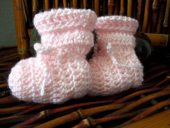 Soft Pink Baby Booties 0-3 months