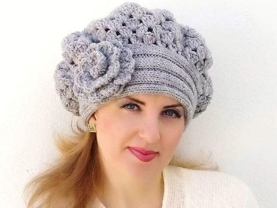 Crochet  shunky  beret, Warm  light gray grey  Hat  with flower