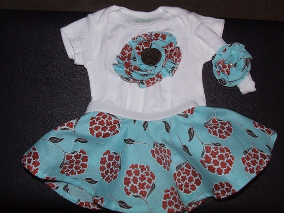 Baby Skirt and Flower Onesie Set 3 to 6 months
