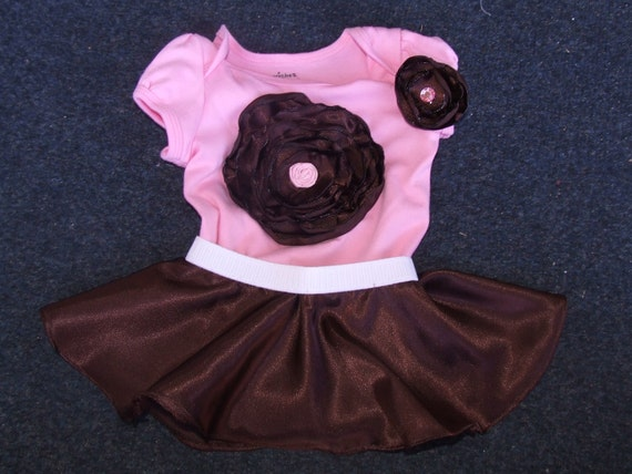 Baby girl pink and brown skirt and flower onesie 0 to 6 months