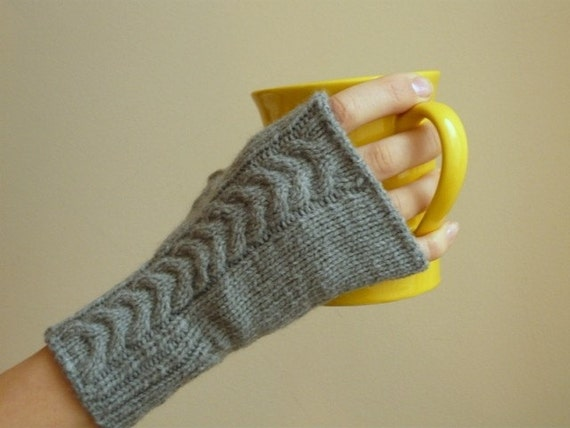 Mittens Cable Handknited  - soft  grey fingerless gloves