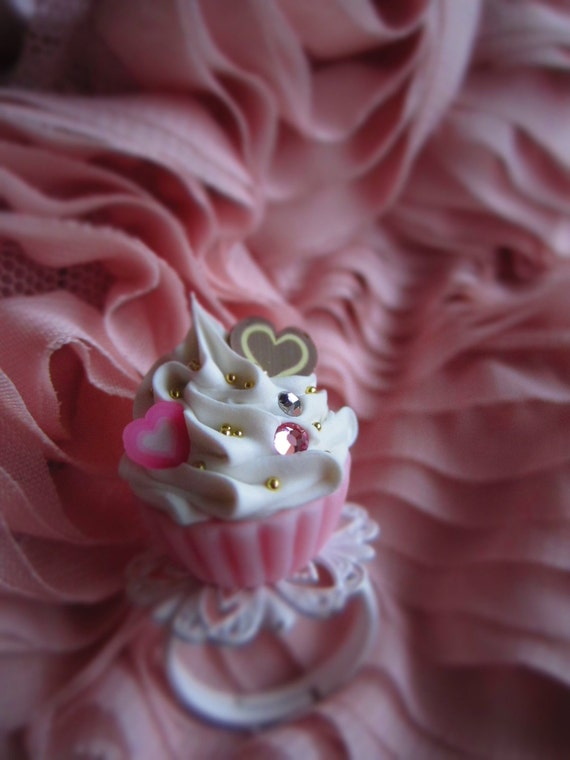 25% of this sale will go to the South's recovery-Pink Love Cupcake Ring