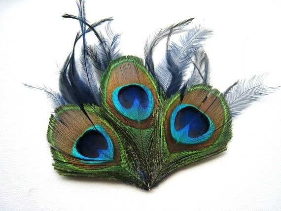 Green and blue peacock feather fascinator