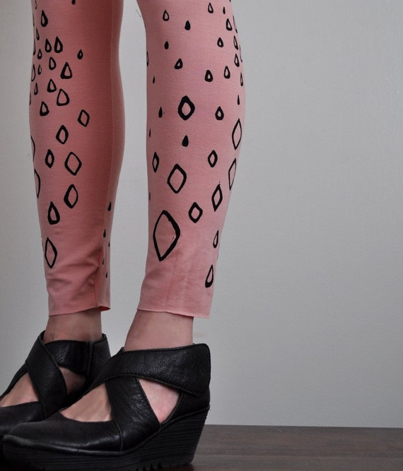 Ballerina Pink Leggings with Diamonds and Raindrops