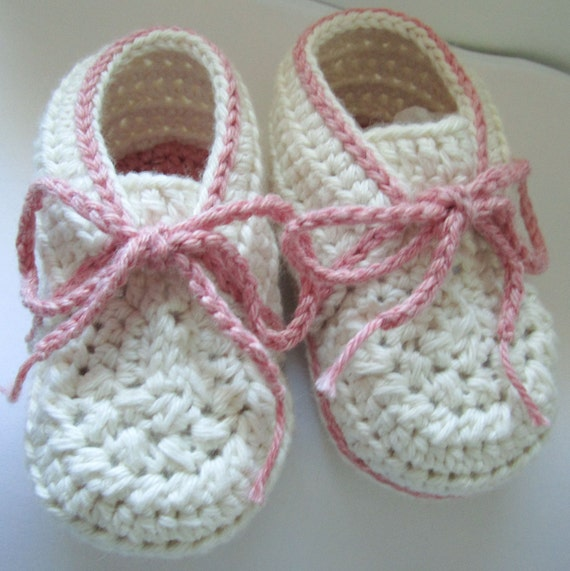 Organic Cotton Jessie Baby Booties Size 0-3 months Ready to ship
