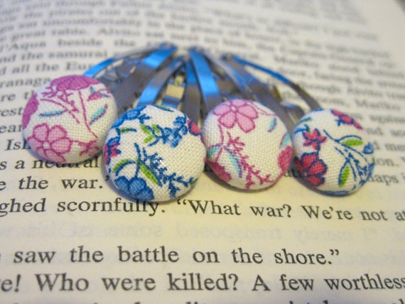 Pink and Blue Vintage Flowers Button Clippies- Set of Four