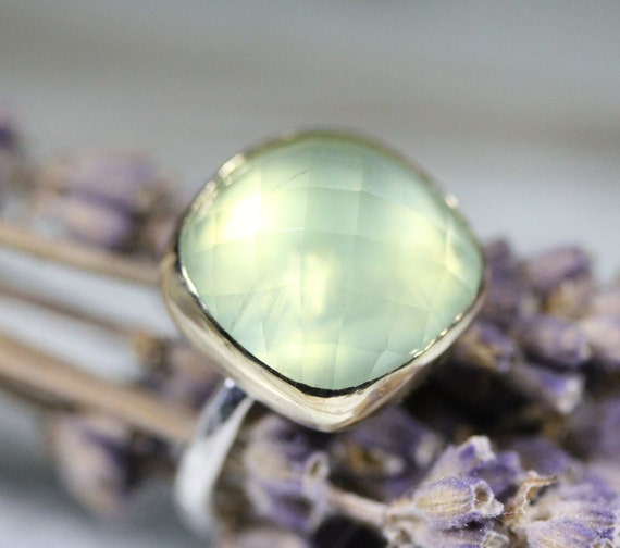 Checkerboard Prehnite In 14K Gold Cocktail Ring