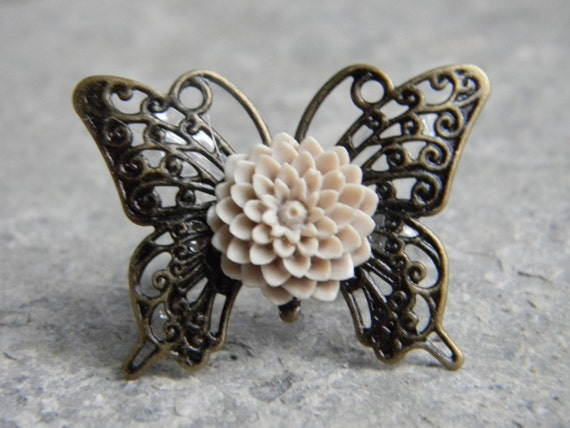 Butterfly Kisses Ring