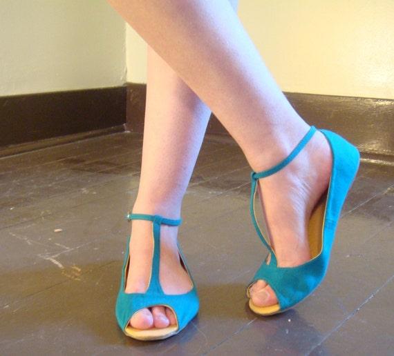 Vintage Teal T-Strap  Peep Toe Ballet Flats Size 8