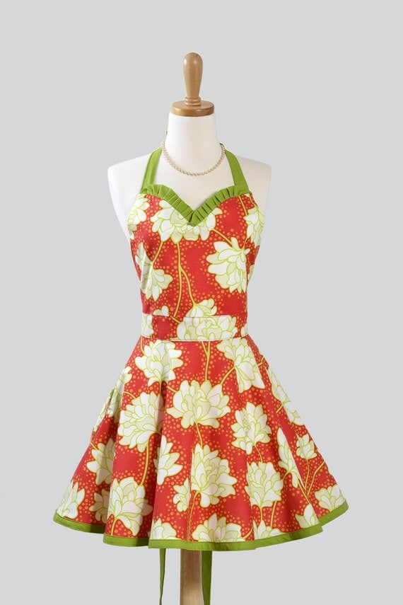 Womens Sweetheart Hostess Apron . Sexy Retro Ruffled Sweetheart in Heather Baileys Pop Garden Peonies Red
