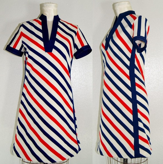 Tammy 1960s color block mod Dress diagonal stripe navy blue cherry red beige off white cream keyhole slit space age 60s stewardess indie dolly M med medium