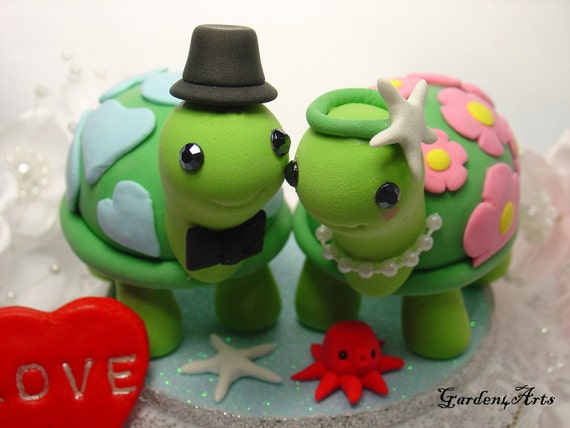 love turtle couple with beautiful stand  (custom order)
