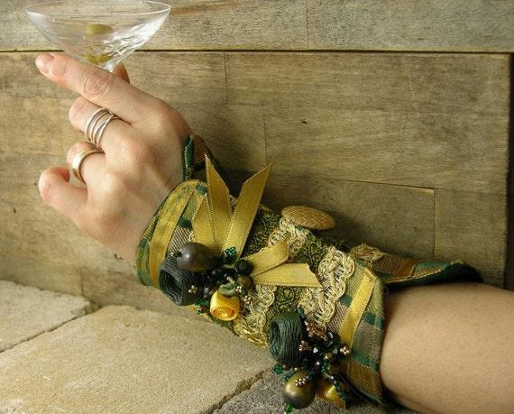 манжету в темно-зеленый и золотой парчи многократно использовать ленту кнопки атласные розы бисер викторианской романтической стимпанк tbteam therougett