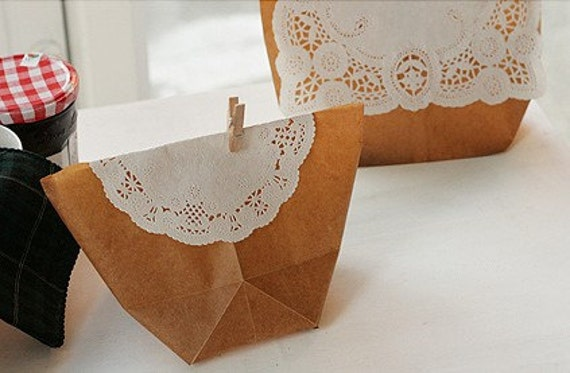 8inch Square Shaped Paper Doily (15sheets)