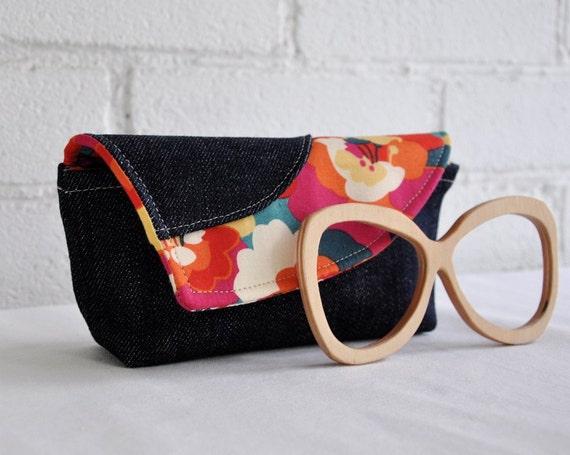 Eyewear Soft-Case Flowered Print with Denim