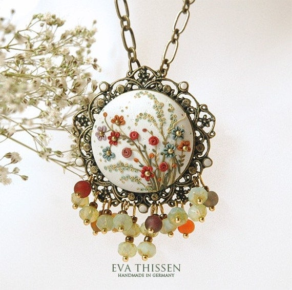 The English Garden handmade necklace