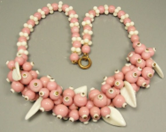Early Haskell Pink Glass Beads And White Leaves Vintage Necklace