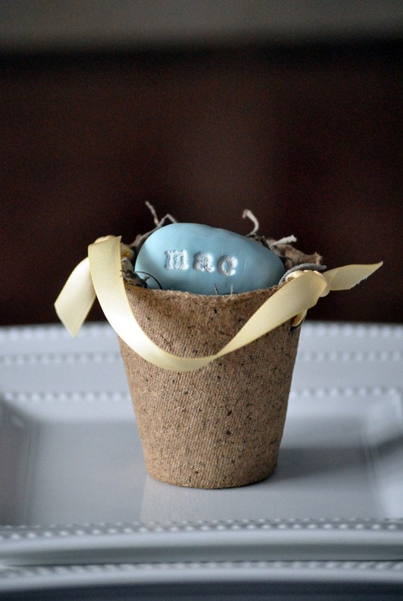 Personalized egg and pail
