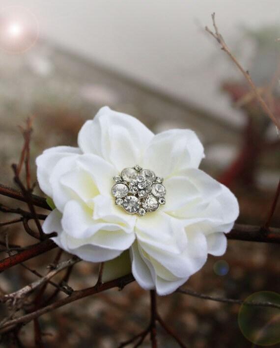 Song bird - Bridal hair flower clip creamy gardenia with vintage rhinestone crystal center by serenitycrystal